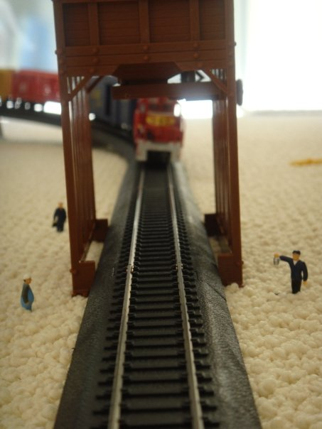 The hi-tech train set