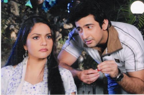 Aslam Khan & Gracy Singh