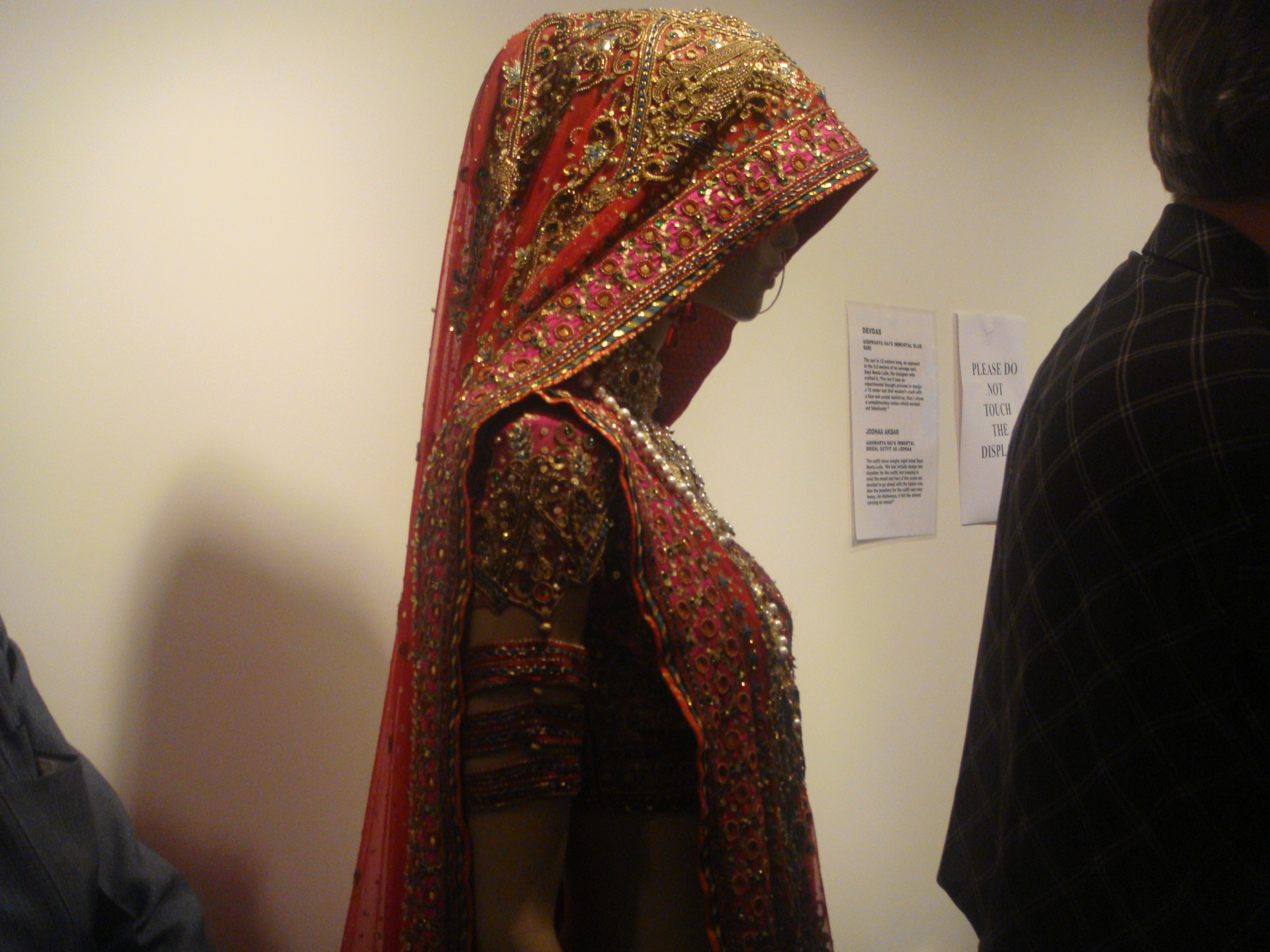 Aiswariya Rai's outfit from Devdas