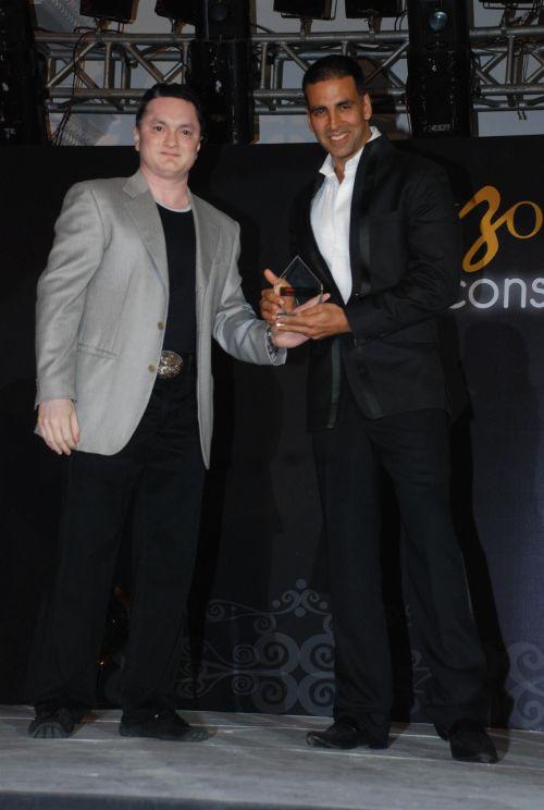 Akshay Kumar and Gautam Singhania