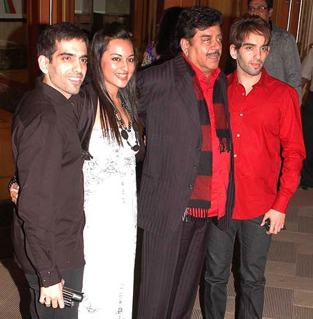 Shatrughan Sinha (who had starred with Sanjay's father Sunil Dutt in films like Shaan and Jaani Dushman) his daughter Sonakshi and twins Luv & Kush