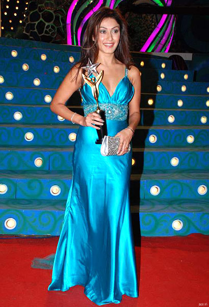 Manjari Phadnis bagged the breakthrough performance award in the female category for Jaane Tu.. Ya Jaane Na.