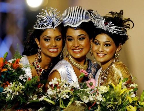 Pooja Chitkopekar, Sarah Jane Dias and Puja Gupta