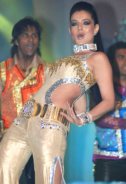 Amisha Patel gets jiggy with it.