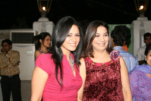 Mona Singh and Larra Shah