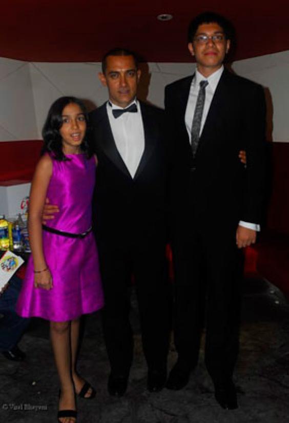 Aira, Aamir and Junaid Khan