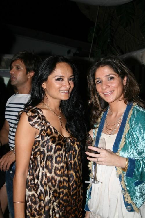 Bandana Tewari & Haseena