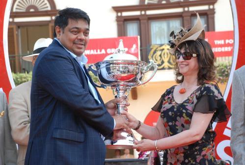 """Poonawala breeders Multimillion Trophy goes to Harish Meha, owner of horse """"Versaki"""""""