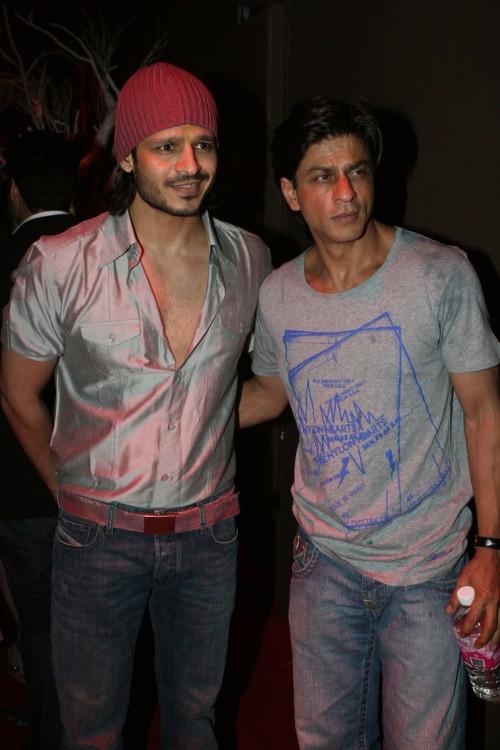 Vivek Oberio and Shah Rukh Khan