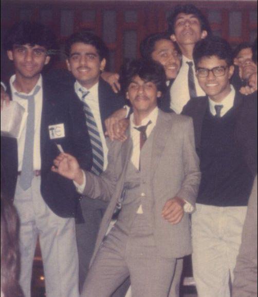 Shah Rukh Khan (centre)