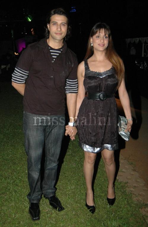 Apoorva and Shilpa Agnihotri