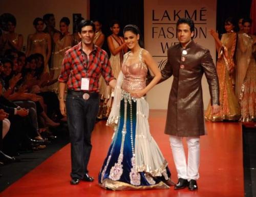 Manish Malhotra, Genelia Dsouza and Tushar Kapoor