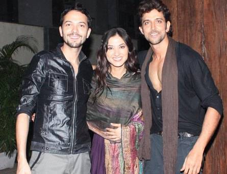 Hrithik, the birthday boy with Kites' lead actress Barbara Mori's brother Kintaro and sister Kenya