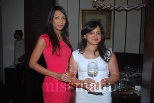 Shamita Singha and Dharti Desai