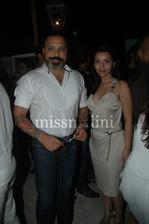 Bunty Walia with wife