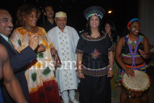 South African Counsel Gen Busi Kuzwayo, Shantaram, and owner Gita Jivan at the launch of Geet Indo Afro